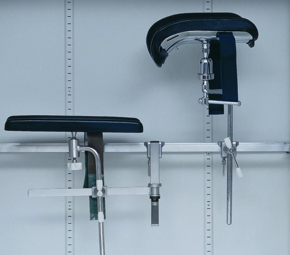 m9-schrank-detail-mit-zubehoer